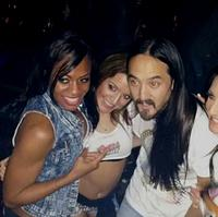 DJ Steve Aoki and The Coyote Girls